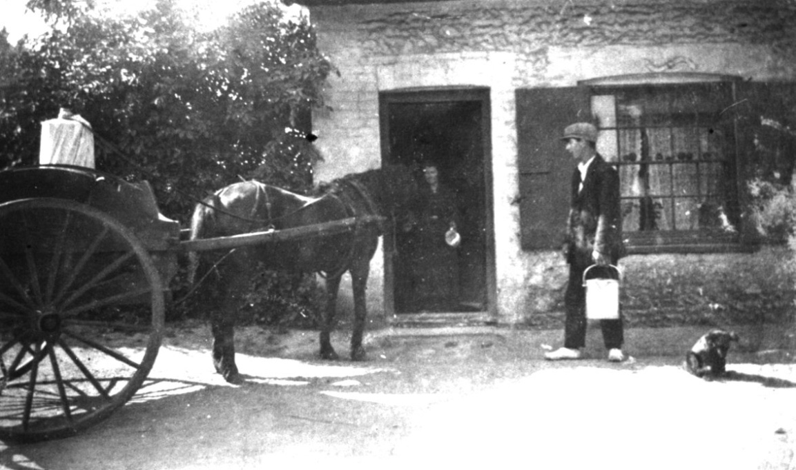 frank camp delivering milk c1928